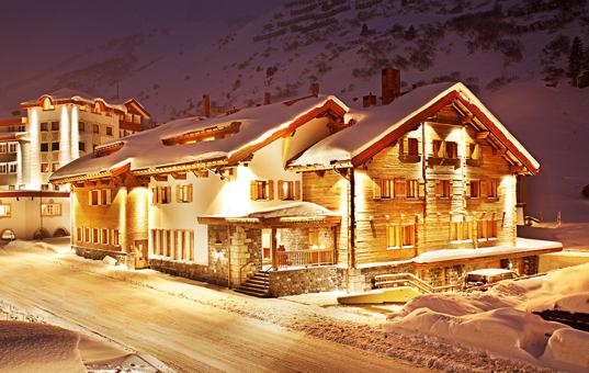 Österreich - TYROL - ARLBERG - Zürs - Bentleys House -