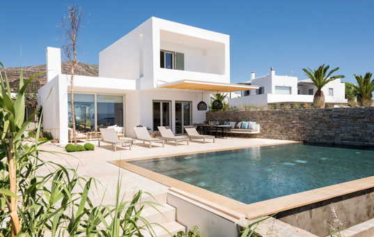<a href='/holiday-villa/greece.html'>GREECE</a> - <a href='/holiday-villa/greece/cyclades.html'>CYCLADES</a>  - <a href='/holiday-villa/greece/paros.html'>PAROS</a> - Dryos - Golden Beach Villa 1 - modern design