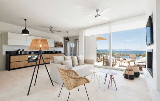 Griechenland - CYCLADES - PAROS - Dryos - Golden Beach Villa 1 - stylish interior