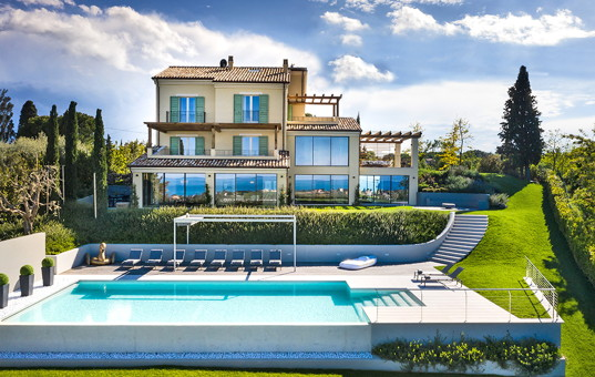 Italien - MARCHE - Civitanova - Villa Portonovo - Holiday villa with large garden, pool, spa in Marche Italy