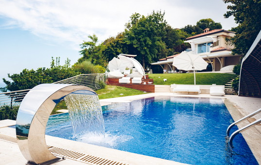Italien - MARCHE - Conero Riviera - Villa Riviera del Conero - vacation villa with pool and by the sea in riviera del conero italy