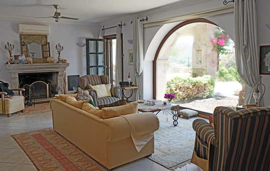 Türkei - BODRUM - Yakaköy - Ortakent - Villa Halicarnassus - living room with a lovely view