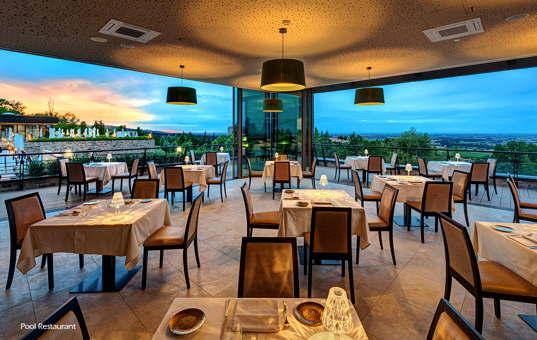 Italien - EMILIA-ROMAGNA - Varignana - Palazzo di Varignana - restaurant with views of the Po river valley