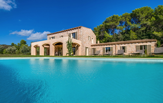 <a href='/holiday-villa/spain.html'>SPAIN</a> - <a href='/finca/spain/balearic-islands.html'>BALEARIC ISLANDS</a>  - <a href='/finca/spain/mallorca.html'>MAJORCA</a> - Artà - Villa Carrossa Ocho -
