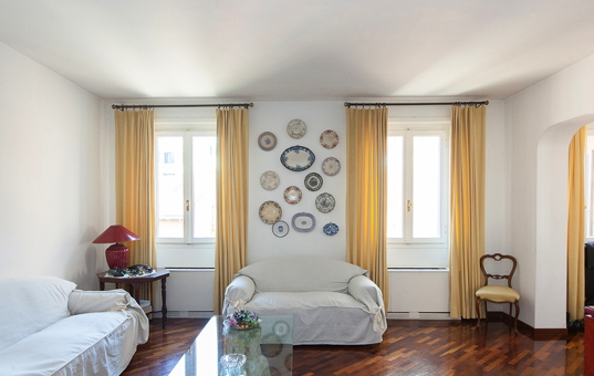 Italien - ROME -  - Apartment Trevi - living room in the apartment