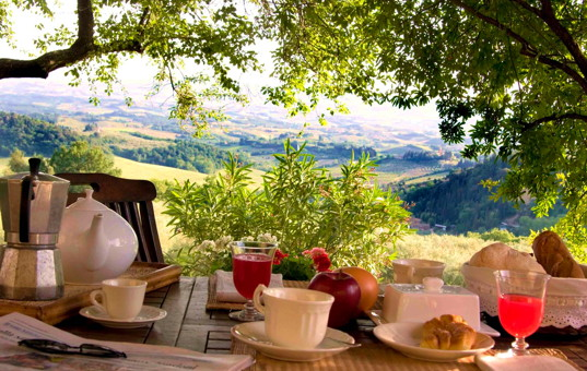 Italien - TUSCANY - Fiano - La Novellina - terrace of a traditional country home in tuscany