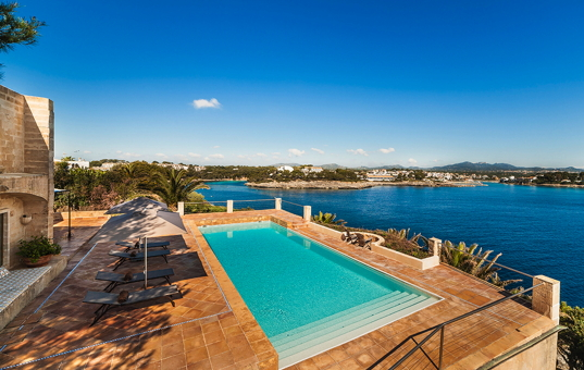 <a href='/holiday-villa/spain.html'>SPAIN</a> - <a href='/finca/spain/balearic-islands.html'>BALEARIC ISLANDS</a>  - <a href='/finca/spain/mallorca.html'>MAJORCA</a> - Porto Petro - Sa Torre - holiday villa on the sea with pool