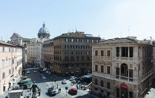 <a href='/holiday-villa/italy.html'>ITALY</a> - <a href='/holiday-villa/italy/latio.html'>ROME</a>  -  - Apartment Navona -