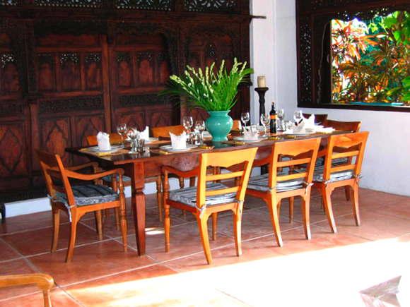 holiday villa with service Bali