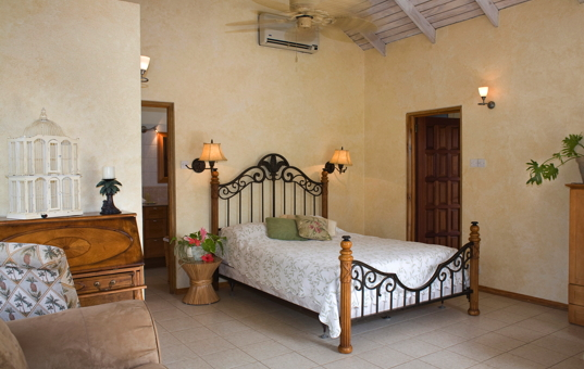 Karibik - ANDALUCIA - St. George's - Grenada Dream Villa - Double bedroom with ensuite