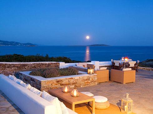 Antiparos havuzlu villa terasından manzara