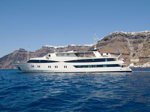 Mega yacht Harmony G in Santorini