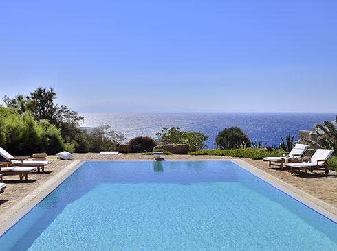 Mikonos'ta havuzlu tatil villası