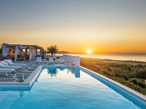 Rodos adasında gün batımı