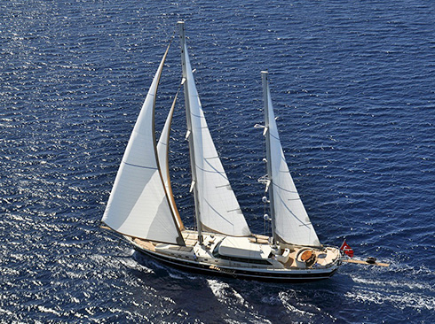 luxury sailing yacht Dolce Mare