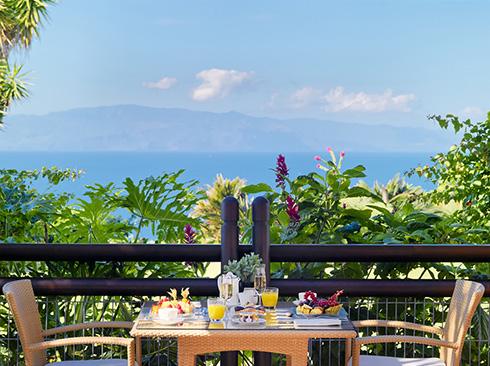 Tenerife adasında kahvaltı keyfi