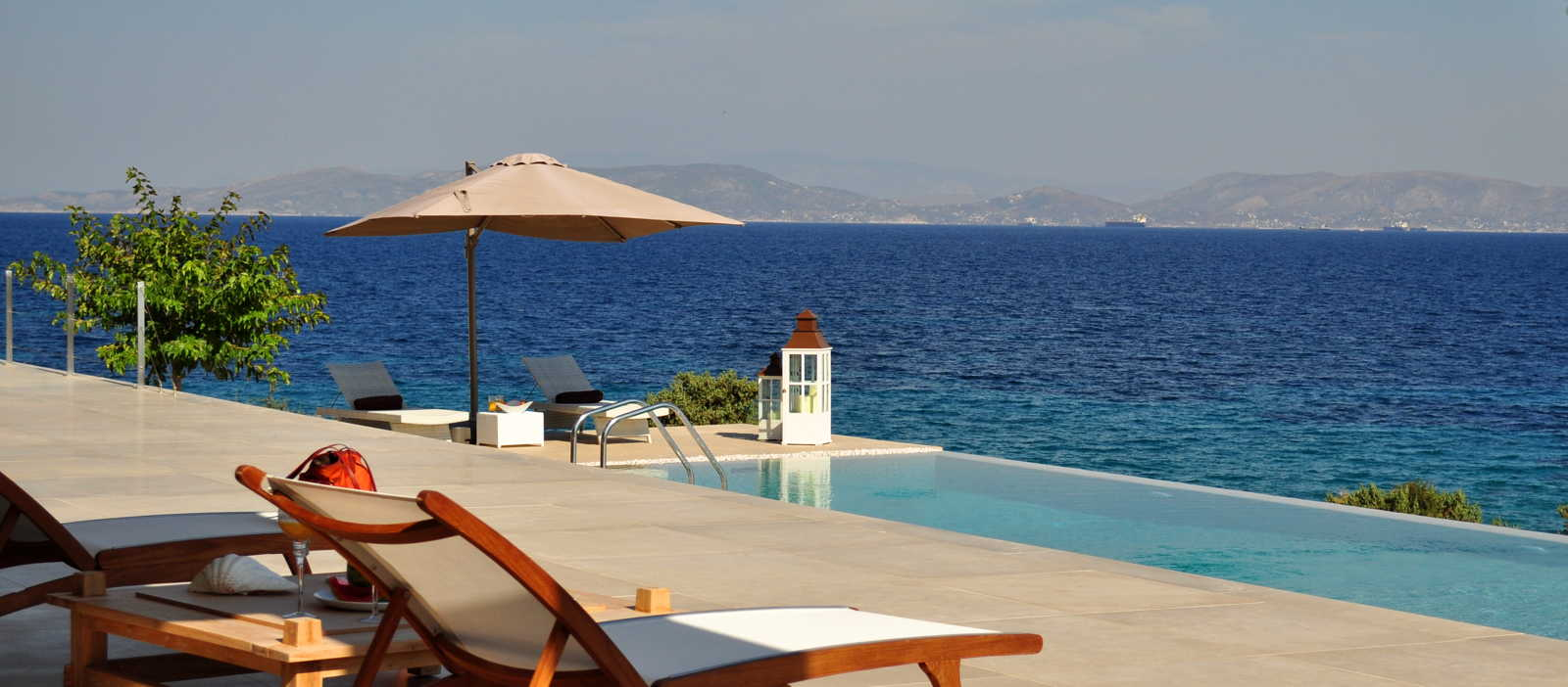 Luxurious holiday homes on Aegina island